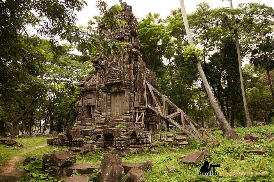 Ta Prohm Kel temple photography tours