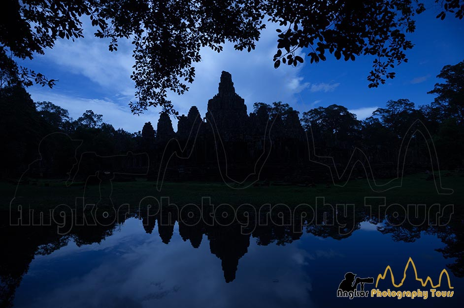 Bayon temple reflection photography tours