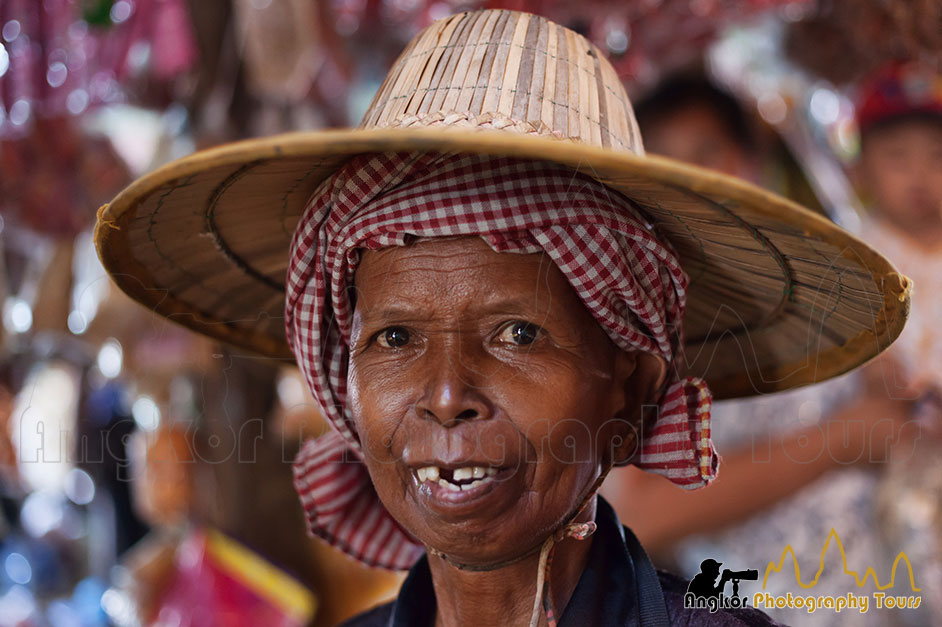 old-woman-market | Angkor Wat Photography Tours Siem Reap ... Old Market Woman