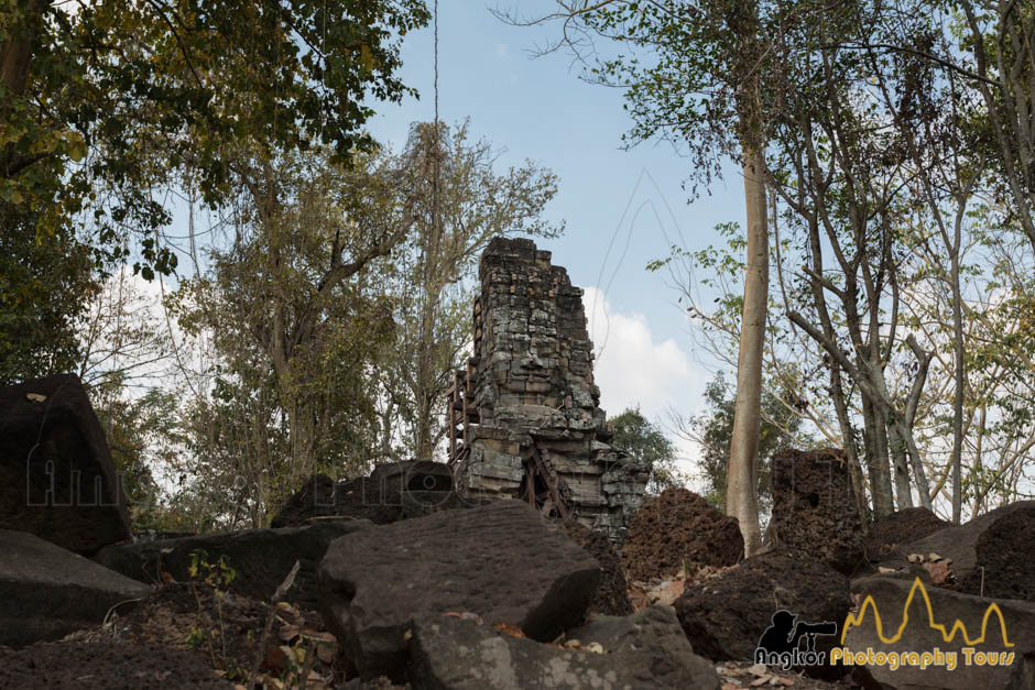 face tower Banteay chhmar satellite temple