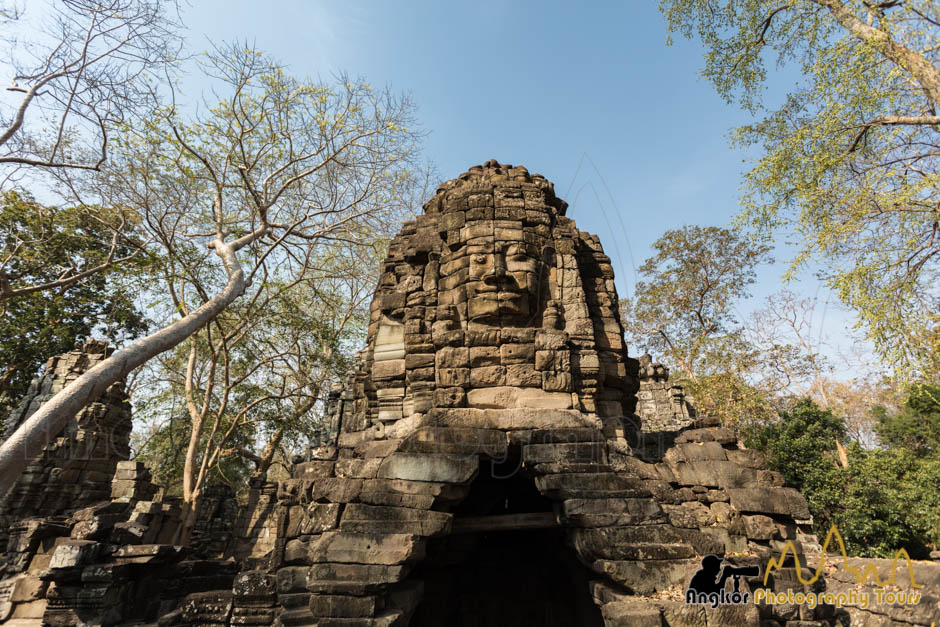 banteay chhmar face tower